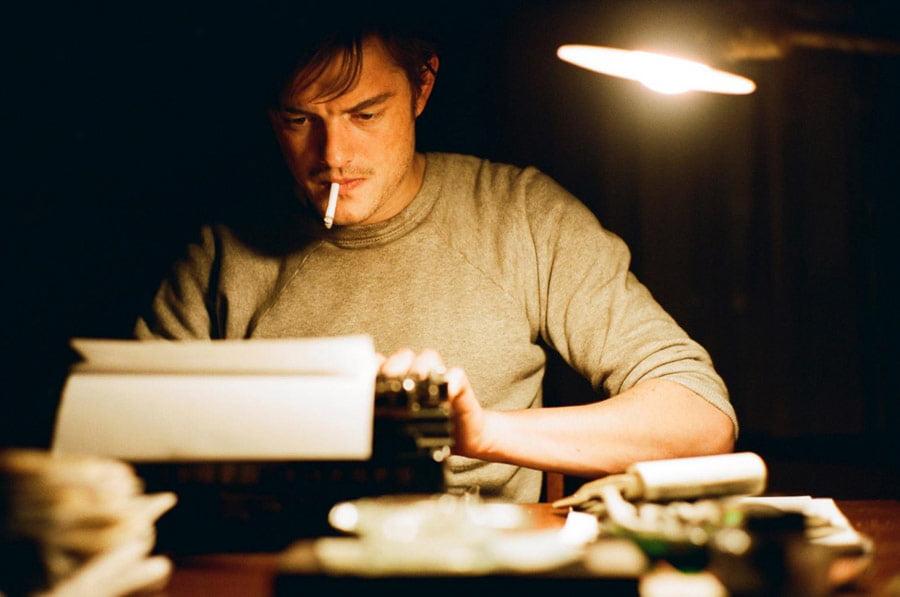 O pisarzach od dupy strony. Bardzo, bardzo dosłownie