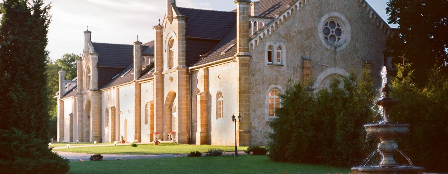 Pałac Brunów: Niebo do wynajęcia