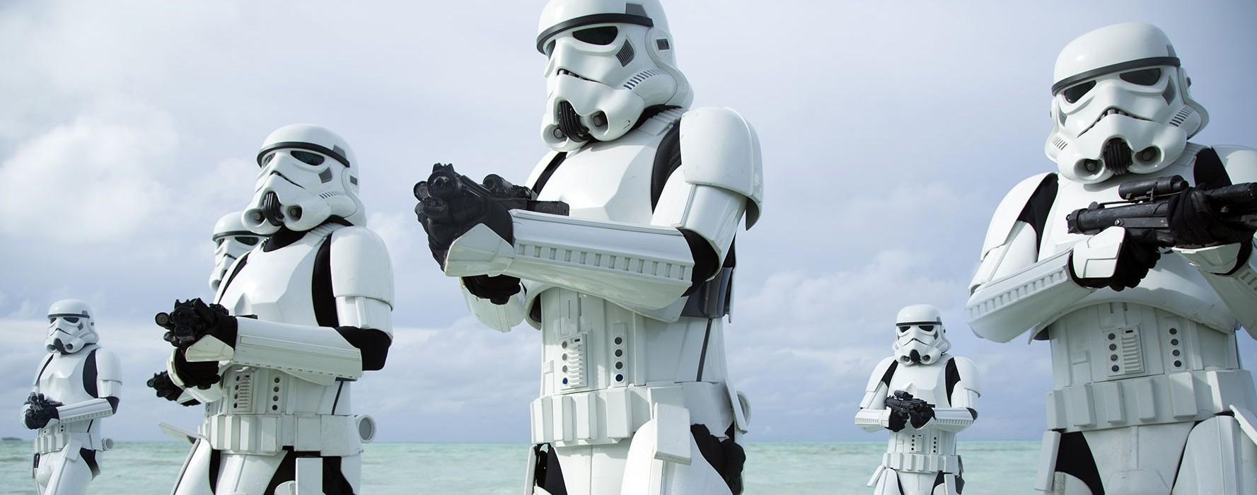 """Czy warto iść na nowe """"Gwiezdne wojny""""? 10 argumentów na """"tak"""""""