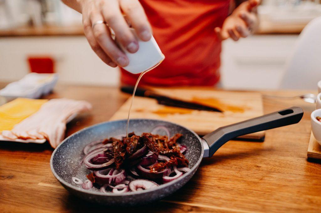 jak usmażyć cebulę
