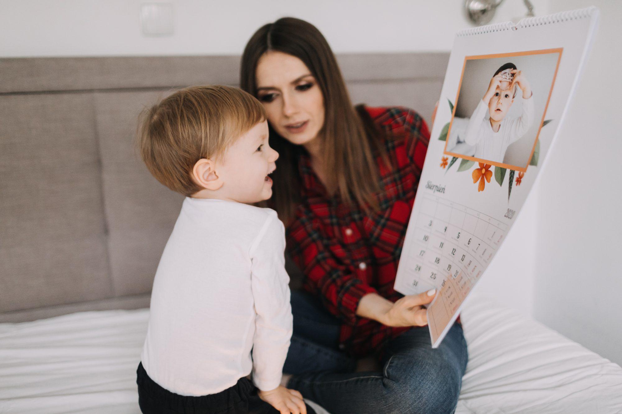 dziecięce zdjęcie w fotokalendarzu