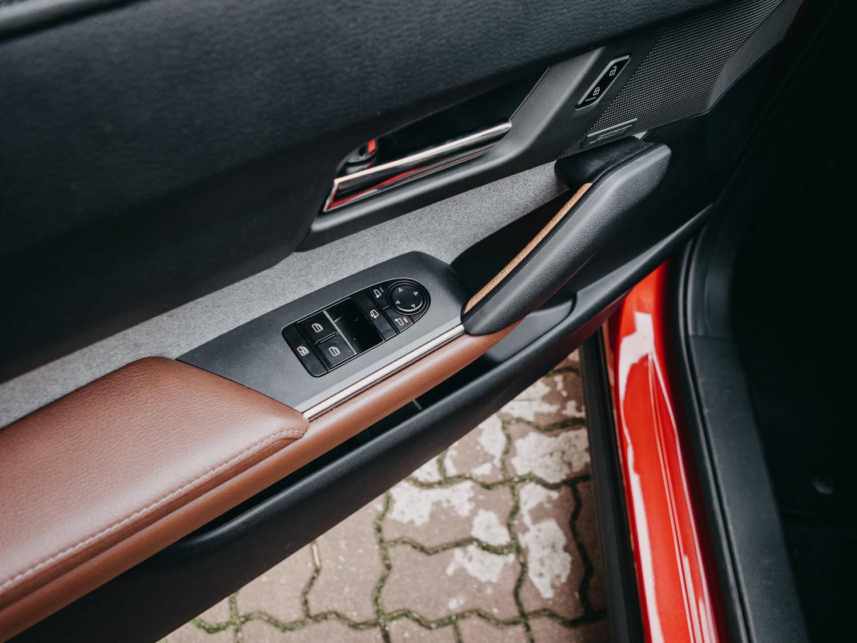 elektryczna Mazda MX-30